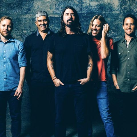Taylor Hawkins, baterista do Foo Fighters revela próximo álbum da banda