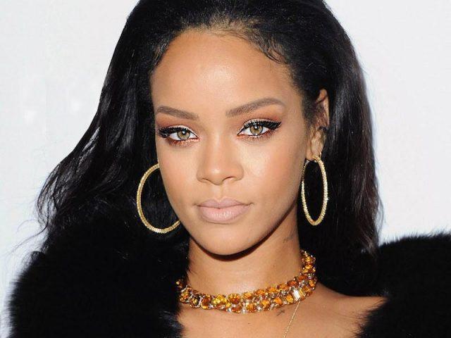 """""""Love on the brain"""", de Rihanna, é a canção pop mais influente do ano, segundo a Billboard"""