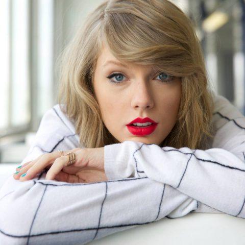 """Álbum """"Lover"""" de Taylor Swift é lançado hoje e chega com 18 faixas"""