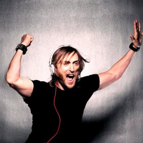 "David Guetta libera ""Your Love"", seu inédito single com lyric vídeo"