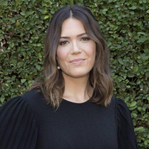 Mandy Moore volta aos estúdios para novos trabalhos musicais