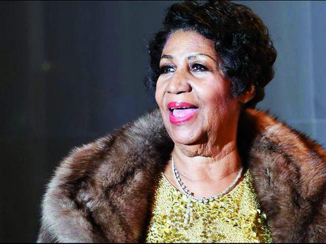 Aretha Franklin morre de câncer aos 76 anos