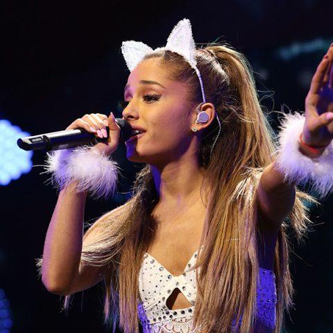 """Ouça """" Sweetener """", quarto e inédito álbum de Ariana Grande"""