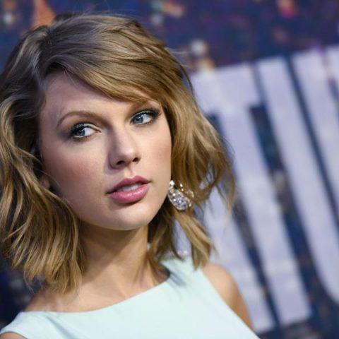 """Taylor Swift deixa fãs curiosos sobre possível trailer de """"Cats"""""""