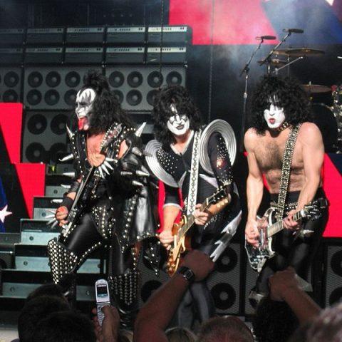 Kiss anuncia turnê de despedida da banda