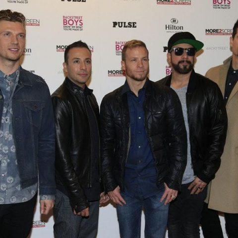 """Backstreet Boys anunciam álbum para 2019 e lançam o single """"Chances"""""""
