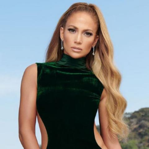 Jennifer Lopez lancará turnê comemorativa a seus 50 anos de idade