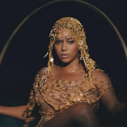 """Beyoncé anuncia lançamento de novo filme """"Black is King"""""""