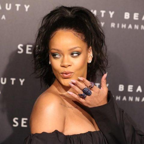 Rihanna fala que demora de novo álbum valerá a pena