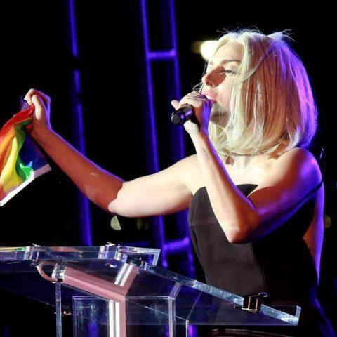 Saiba quais cantores defendem a causa LGBTQIA+