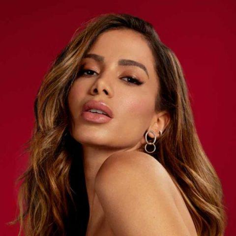 Anitta lançará música com Papatinho e outras personalidades