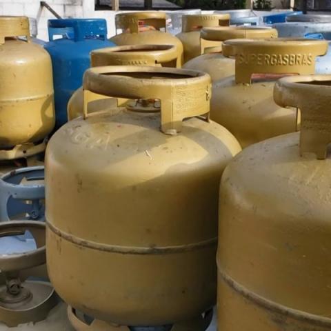 Gás de cozinha chega a custar R$ 115 em JF. Confira a pesquisa do Procon