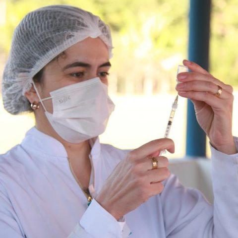 Confira o calendário de vacinação contra Covid-19 neste 20 de outubro